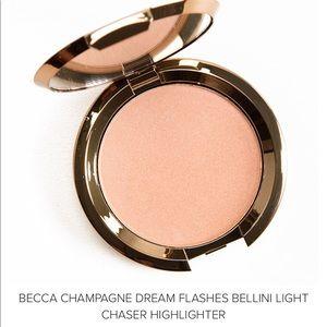 BECCA Highlighter Champagne Dream Flashes Bellini